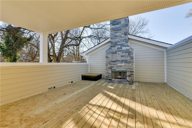 roof deck 2409 A Emmett Ave