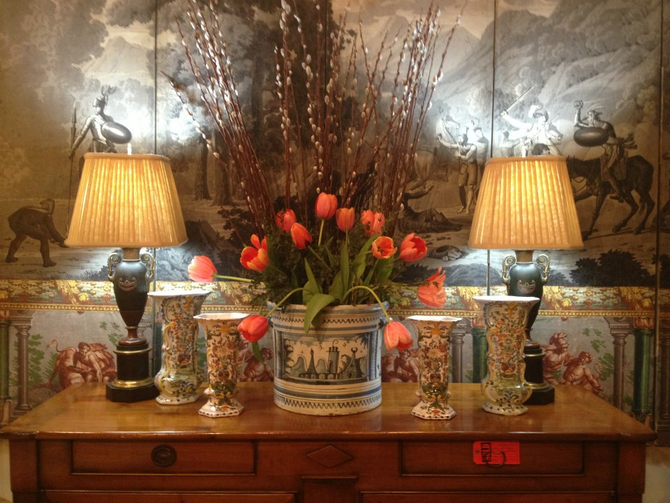 Find The Year 39 S Best Furniture Art And Accessories Haul At The Antiques Garden Show Nashville