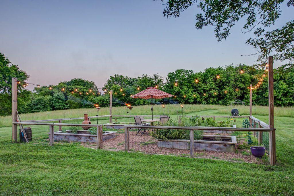 Frog Hollow Farm bistro garden