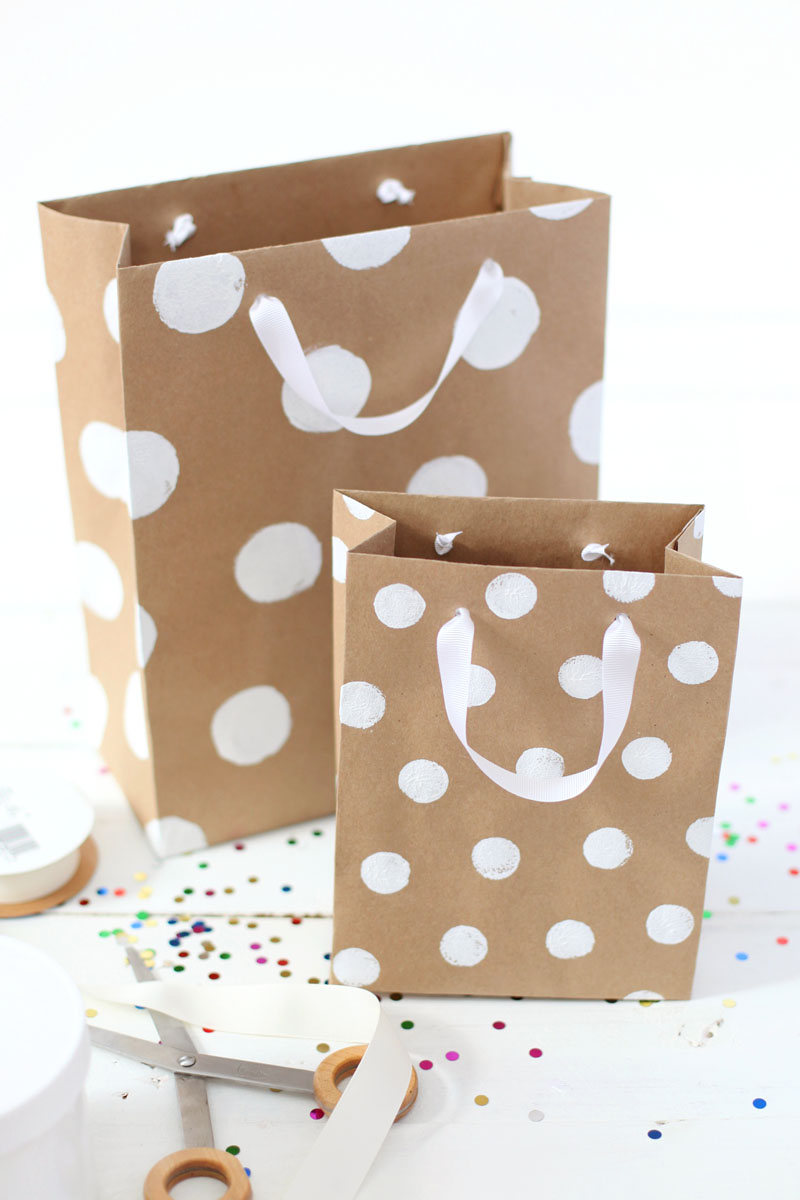 How to get your Christmas gift wrapping done even if you run out of ...