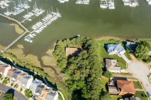 1 Harvest Lane - Waterfront House for Sale Hampton