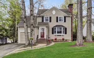4 Bedroom Livingston, NJ Colonial Home in the Collins Section