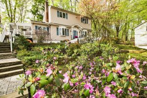 Expanded 4 Bedroom Cape in Morris Township
