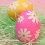 unique-egg-decorating-ideas-lazy-daisy-eggs-04-sl