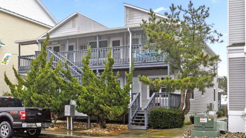 Crown Royal Condominium, Ocean City Maryland