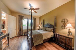 Bedroom in Sun City Shadow Hills