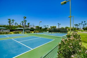Mission Hills CC Tennis court