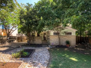 1110 Algarita Ave Austin TX-MLS_Size-001-3-Exterior Front-1024x768-72dpi