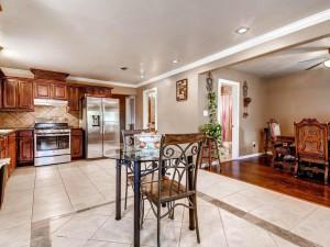 5008 Delores Ave Austin TX-MLS_Size-012-18-Breakfast Area-1024x768-72dpi