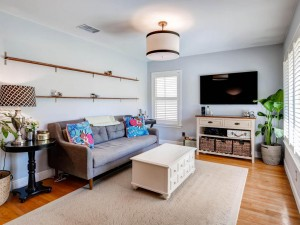 7512 Hardy Dr Austin TX 78757-MLS_Size-005-1-Living Room-1024x768-72dpi