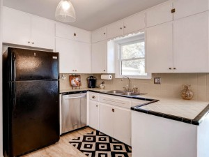 7512 Hardy Dr Austin TX 78757-MLS_Size-010-14-Kitchen-1024x768-72dpi