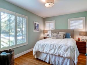 7512 Hardy Dr Austin TX 78757-MLS_Size-015-11-Master Bedroom-1024x768-72dpi