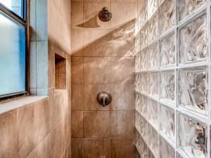 12700 Encino Drive-MLS_Size-020-23-Master Bathroom-1024x768-72dpi