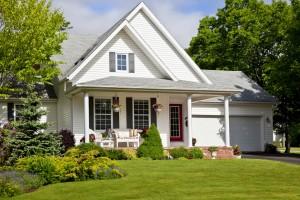 Summer-House_shutterstock_104946530