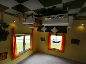 upside-down-house-2