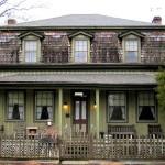 800px-Newbury-house-rugby-tn1-150x150