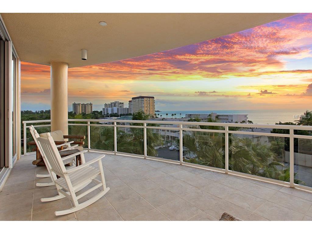 Ritz Carlton Beach Residence Sunset Views 4th Floor