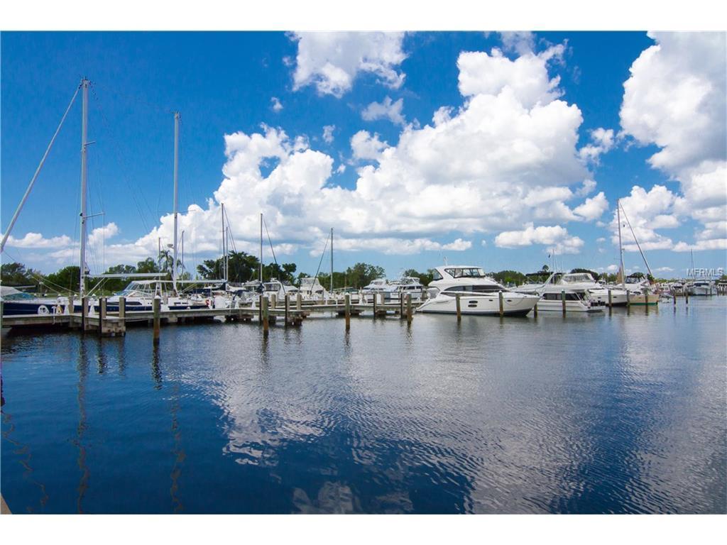 Longboat Key Marina