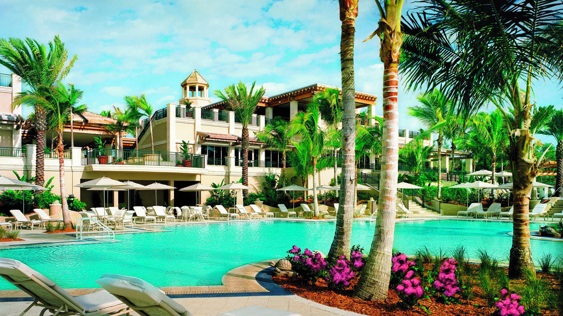 Forbes Travel Guide: Best hotels in Florida! The Ritz-Carlton Beach Residences, Lido Key, Sarasota received a four-star rating in the 2016 Forbes Travel Guide. Its spa, The Members Spa Club, also received a four-star rating.