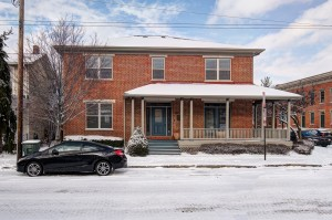 64 e russell-mls-1