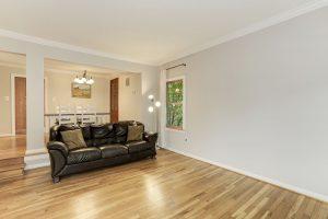 3852 Brighton Court Living Room