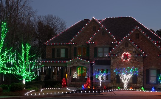 Tips to Hanging Holiday Lights for Your Ann Arbor, MI Home:Spots & Tips to Hanging Holiday Lights Outdoors,Lighting