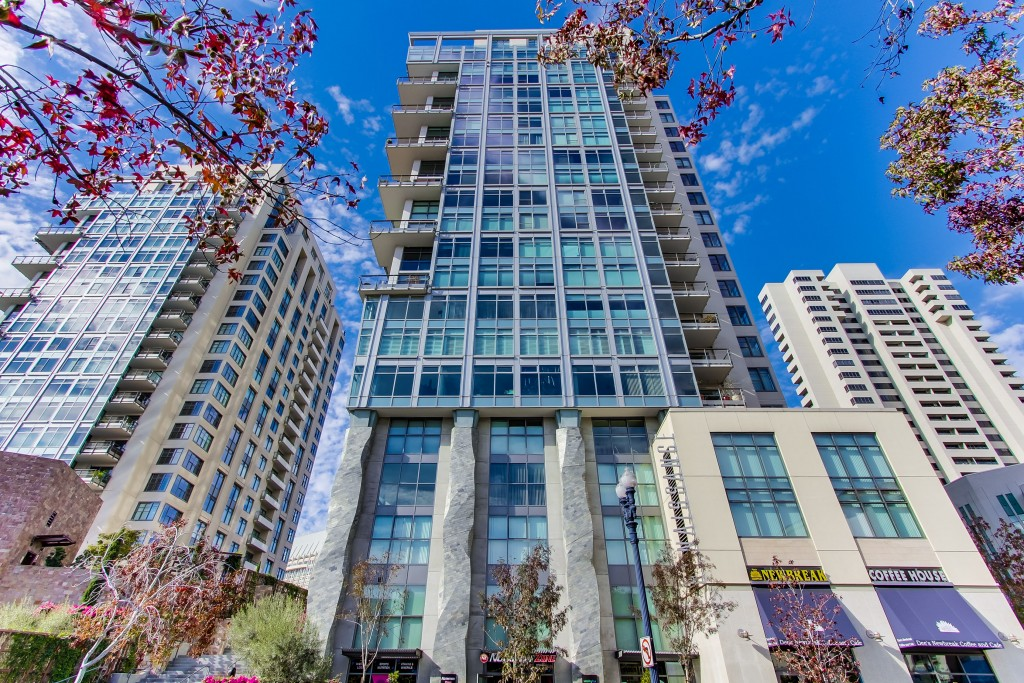 645-front-street-1403-031