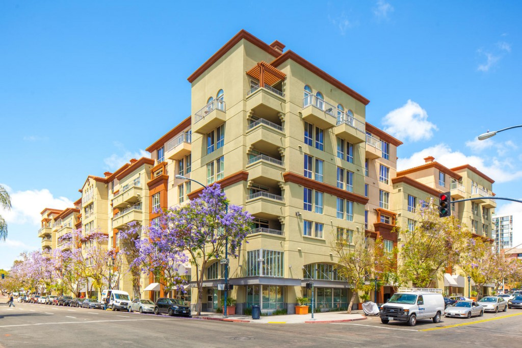 1501 Front St San Diego CA-large-007-32-Palermo 209-1500x1000-72dpi