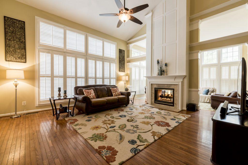 Woodlea Manor living room