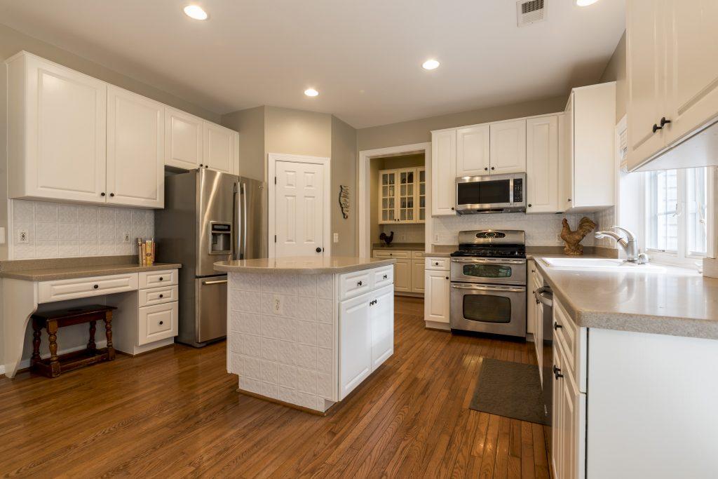 Woodlea Manor kitchen