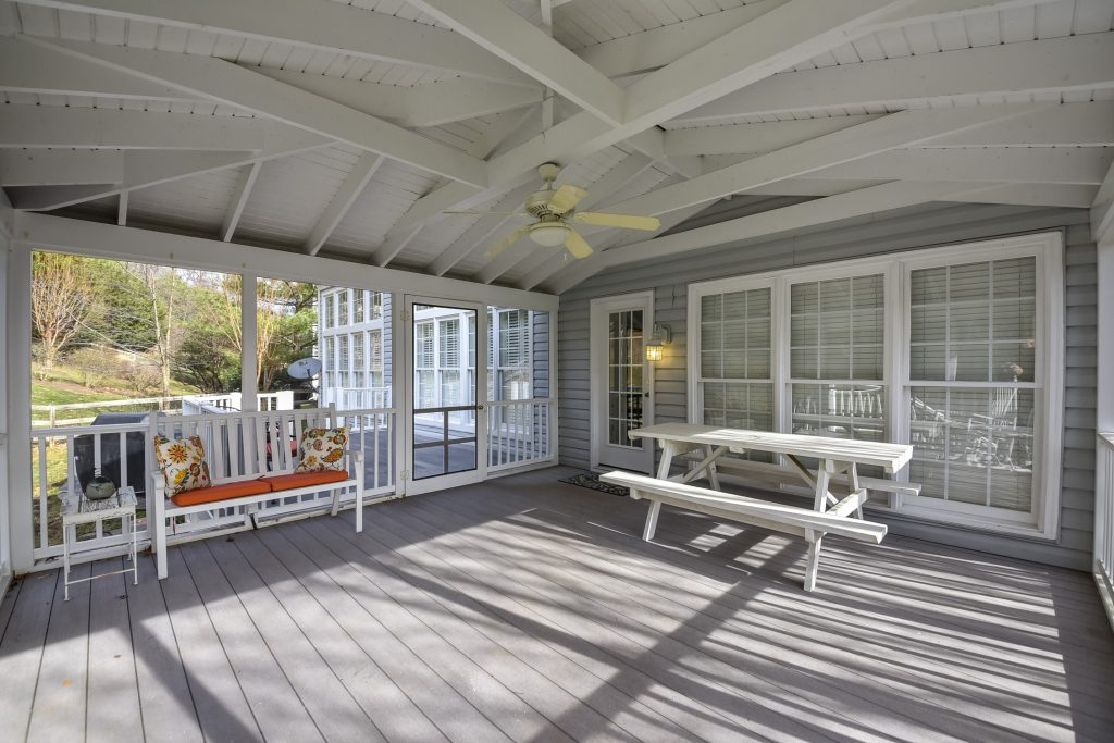 Woodlea manor back porch and deck on Stribling Court