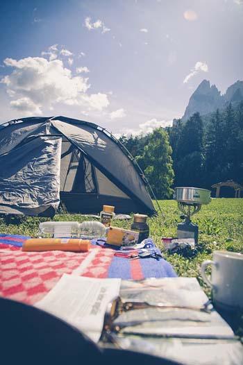 Camping - Image Credit: http://pixabay.com/en/users/markusspiske-670330/