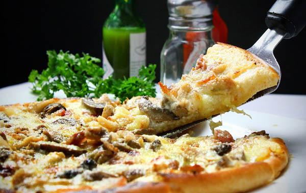 Pizza - Image Credit: https://pixabay.com/en/users/joshuemd-230533/