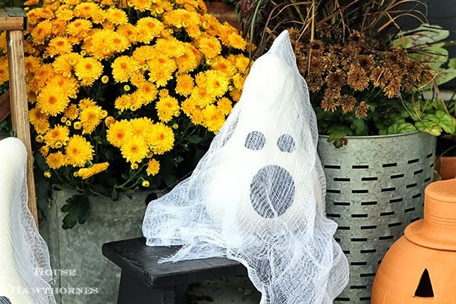 Amanda Howard Real Estate Gourd Ghosts