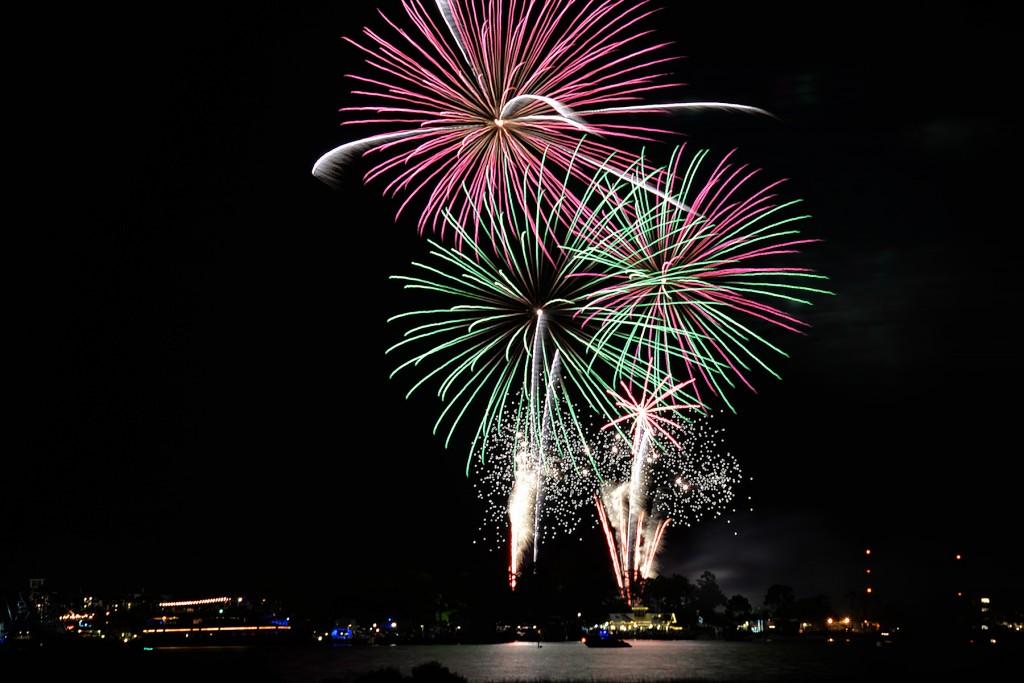 Fireworks at Baytowne Wharf in Sandestin