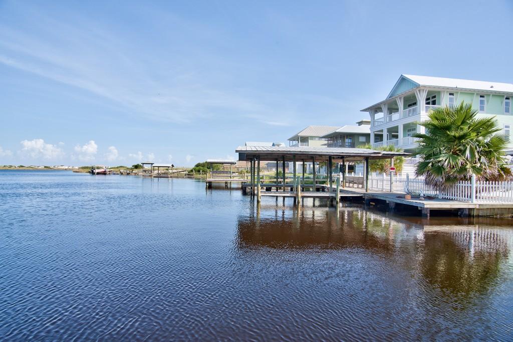 Lakefront Homes in Grayton Beach