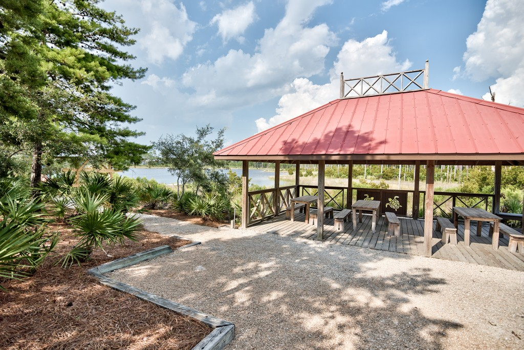 Picnic Pavilion on Draper Lake in The Retreat