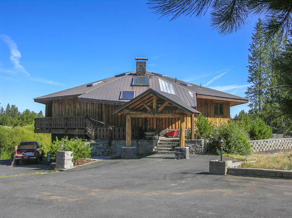 Log Home Now For Sale!