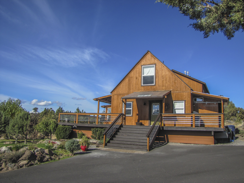 Bend Home with Beautiful Mountain Views