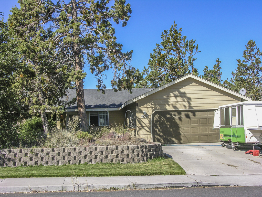 Charming Northwest Ranch Style, near Pilot Butte