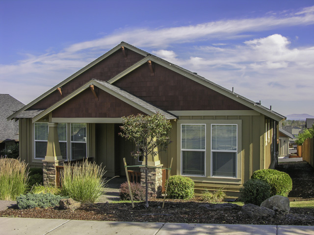 Like-New Craftsman Home With Views!