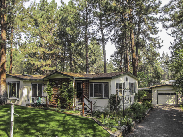 Impeccably cared for single level home!