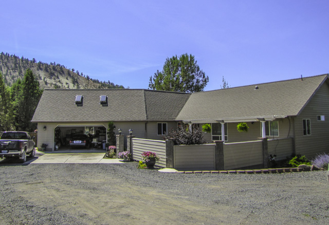Privacy, Peace, and Quiet. Nearly 4000 square foot home on 160 acres with views