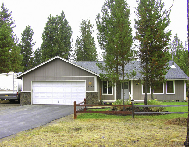 2006 Built – Over 1900 square feet – Big Half+ Acre Lot!