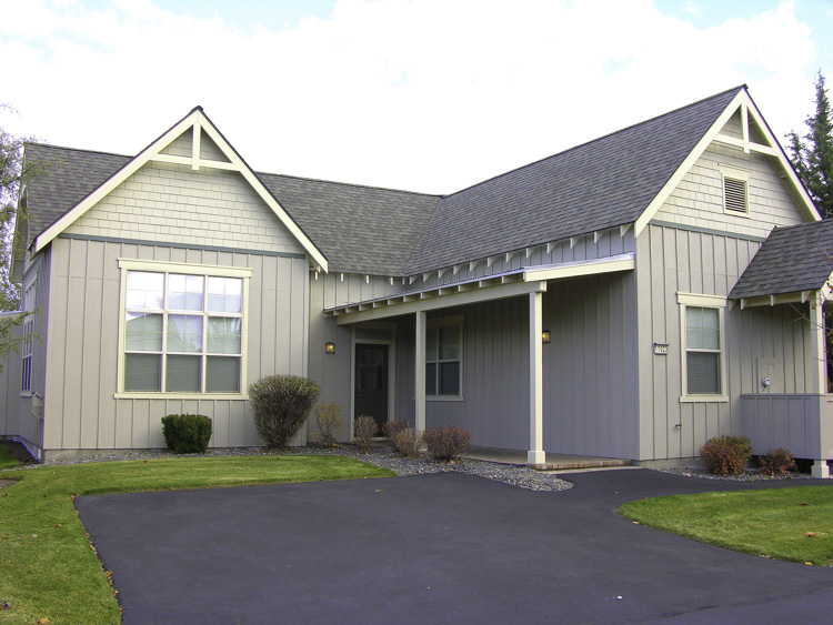 Turn-Key Sun Forest Vacation Home in Eagle Crest Resort!