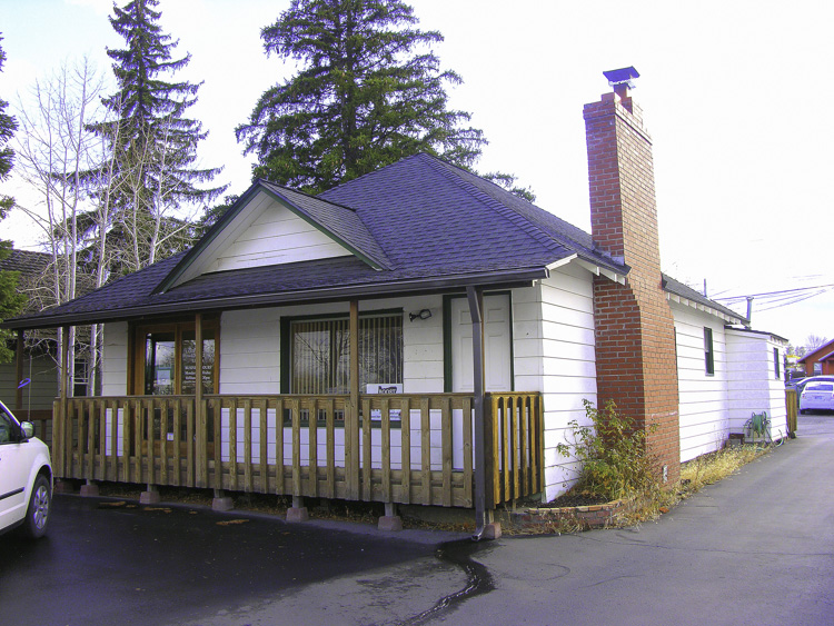 Renovated Commercial Office Building in S.E. Bend!
