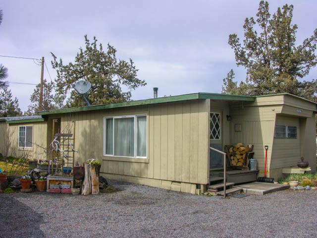 3.32 Acre Horse Property Between Bend and Redmond!