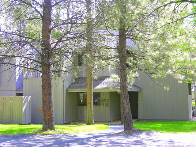 19 Meadow House-1