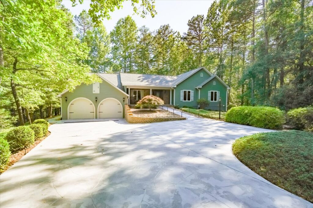 Just Listed! 3 Ripple Court