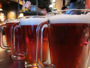 pitchers-of-beer